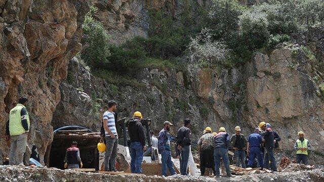 Kayseri'de meydana gelen maden göçüğünde 1 işçi hayatını kaybetti.