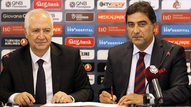 Trabzonspor, teknik direktör Ünal Karaman'la resmi sözleşme imzaladı.