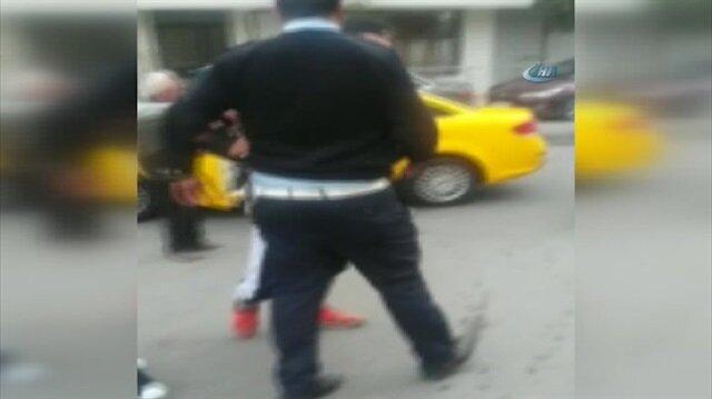 Taksici polis kavgası kamerada