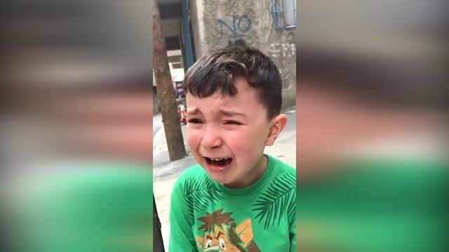Cimboma ezik dediler diye ağlayan ufaklık
