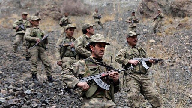 Köy korucuları, Emniyet ve TSK güçleriyle omuz omuza teröre karşı mücadele veriyor.