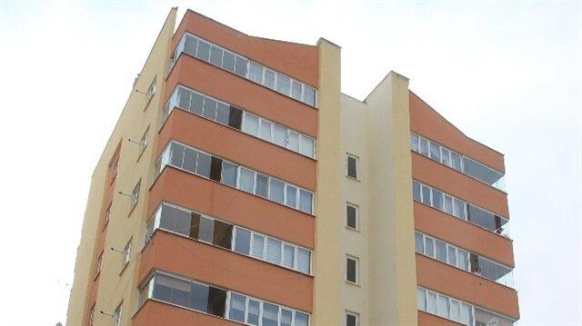 15 yaşındaki genç kız 8'inci kattan düşerek hayatını kaybetti