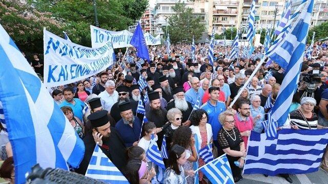 Yunanistan'da Makedonya protestoları büyüyor
