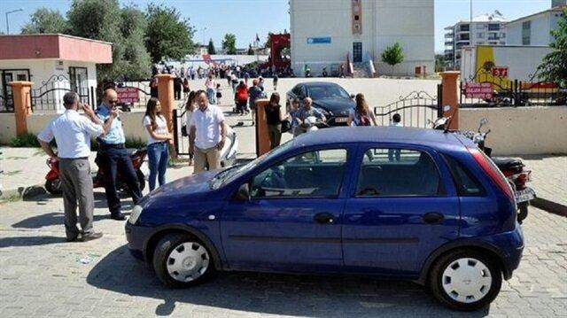 Okulun girişine park eden öğretmene ceza kesildi