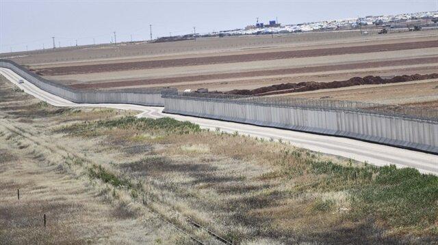 TOKİ, Suriye sınırındaki 564 kilometrelik güvenlik duvarını tamamladı.