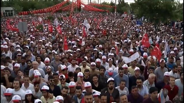 Muharrem İnce'nin mitinginde 'Selo'ya özgürlük' sloganı