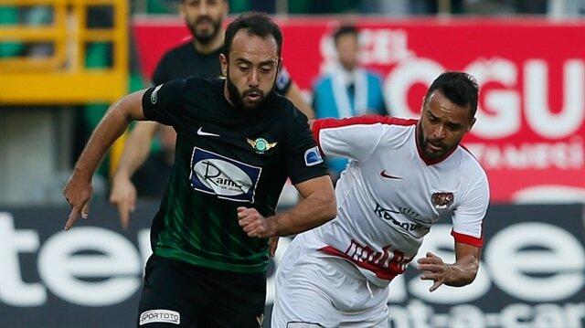 Olcan Adın geride bıraktığımız sezon Akhisarspor formasıyla çıktığı 29 maçta 3 gol atarken 4 de asist kaydetti.