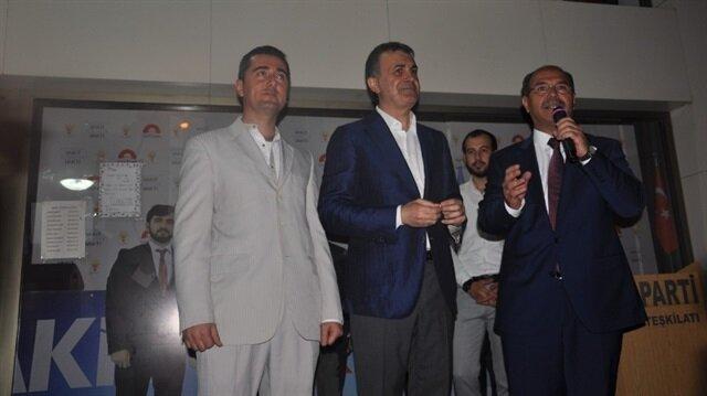 Halil İbrahim Çuhadar Saadet Partisi'nden istifa etti.