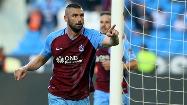 Burak Yılmaz geride bıraktığımız sezon Trabzonspor formasıyla çıktığı 25 maçta 23 gol atma başarısı gösterdi.