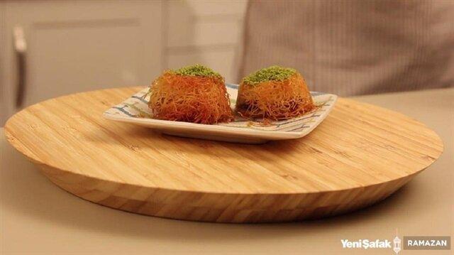 İster iftar sofrası için ister bayram tatlısı için tercih edebileceğiniz Muffin Kalıbında Muhallebili Kadayıfı çok beğeneceksiniz.
