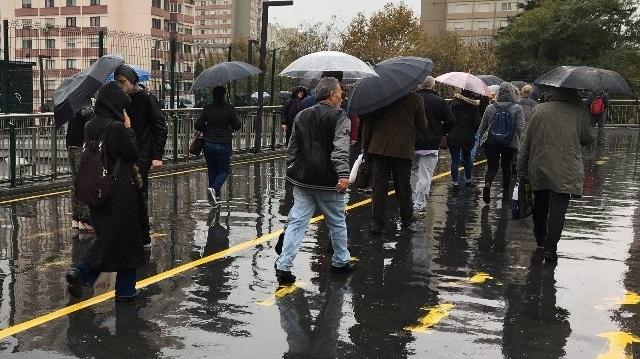Bayramda yurdun büyük bölümünde yağış beklendiği duyuruldu.