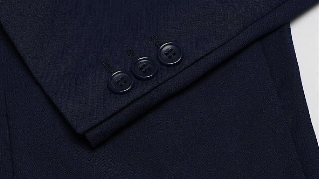 Erken seçim kararı takım elbise sektörününe ilgiyi arttırdı.