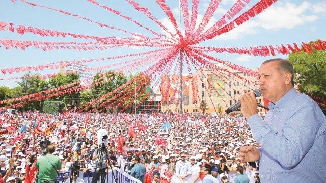 Cumhurbaşkanı ve AK Parti Genel Başkanı Tayyip Erdoğan