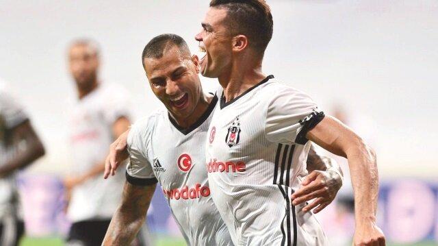 Beşiktaş'ta, bu sezon da transfer günlerinin hareketli geçmesi bekleniyor.