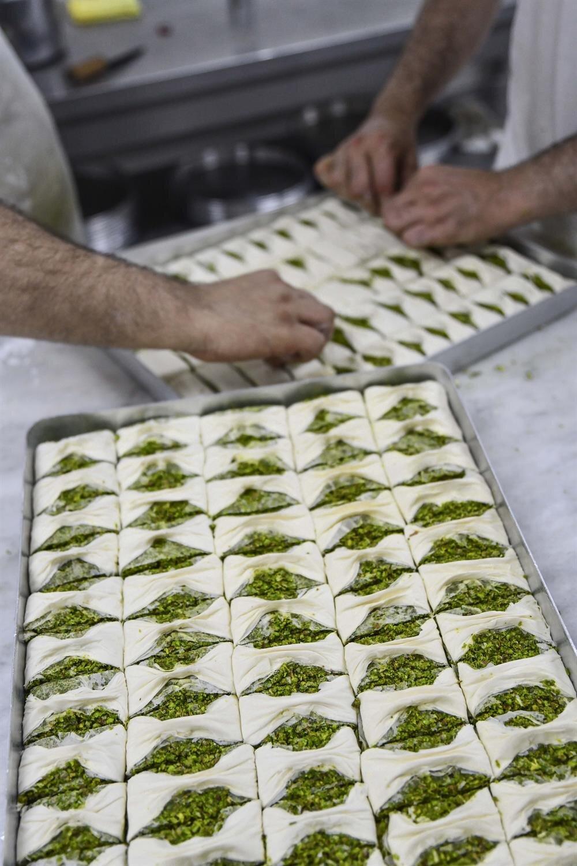 Antep fıstığı fiyatlarının artması sebebiyle firmalar fıstıklı baklava üretmeyeceklerini açıklamışlardı.