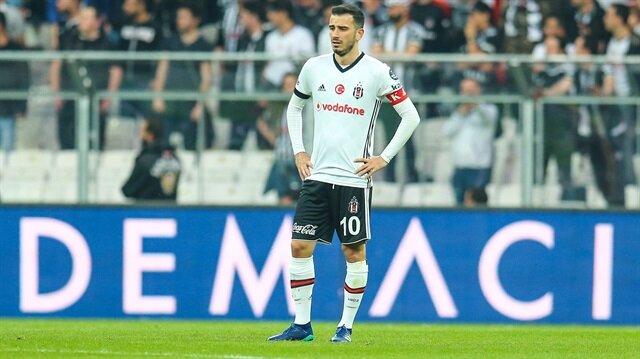 25 yaşındaki milli futbolcu geçtiğimiz sezon Süper Lig'de oynadığı 24 maçta 4 asist yaptı.