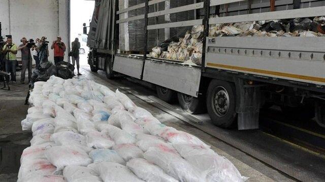 TIR'da gizlenmiş 191 kilogram eroin ele geçirildi.