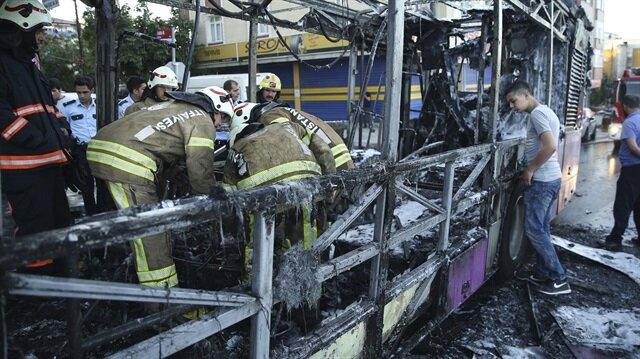 Sultangazi'de seyir halindeki özel halk otobüsünde yangın çıktı.