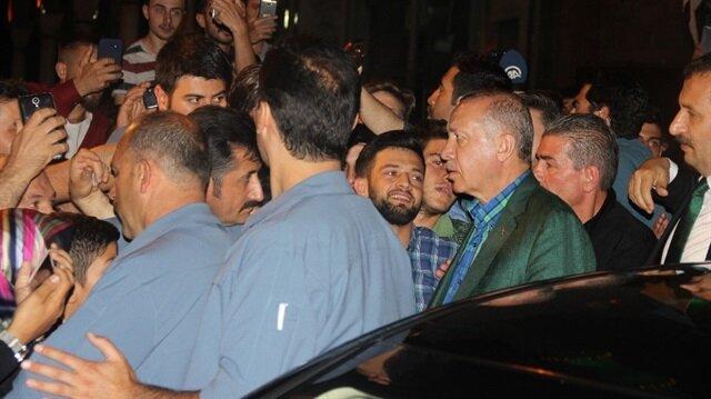 Cumhurbaşkanı Recep Tayyip Erdoğan, baba ocağı Güneysu'dan sevgi seli ile uğurlandı.