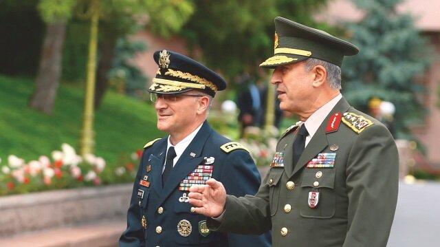 Genelkurmay Başkanı Akar, - ABD Avrupa Kuvvetleri Komutanı Scaparrotti i
