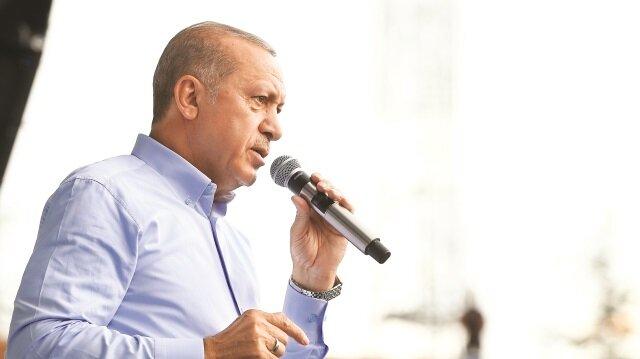 Erdoğan, terörün sözcüsü HDP'nin adayı Demirtaş'ı cezaevinde ziyaret eden CHP'nin adayı Muharrem İnce'yi eleştirdi.