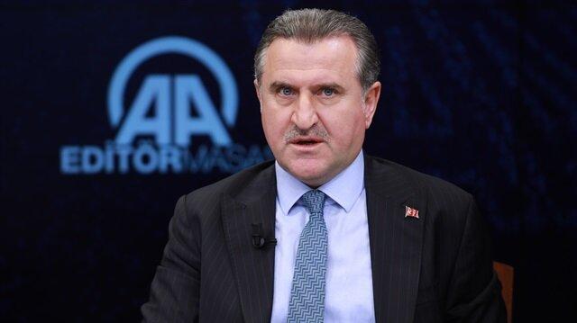 وزير الرياضة  التركي يُثمن على دور الرياضة