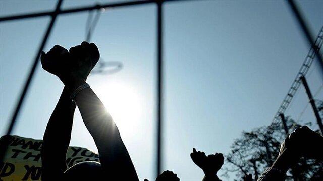 Israel frees Palestinian prisoner after he goes blind