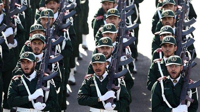 Devrim Muhafızları Ruhani yönetimini uyardı