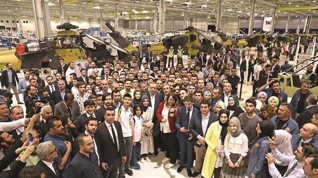 جولة لأردوغان بخط إنتاج مروحيات