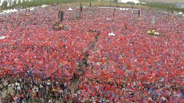 AK Parti'nin yeni reklam filmine 1 milyon kişilik dev koro