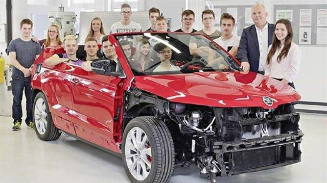 Skoda Sunroq, Çek markanın destek verdiği 23 meslek lisesi öğrencisinden oluşan ekibin elinden çıktı.