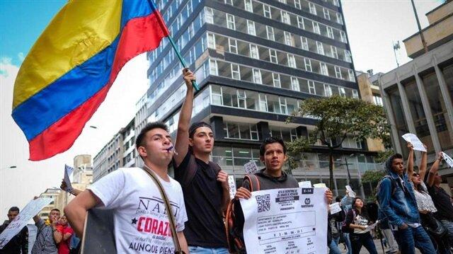 Kolombiya'da 'yolsuzluk karşıtı referandum' kararı