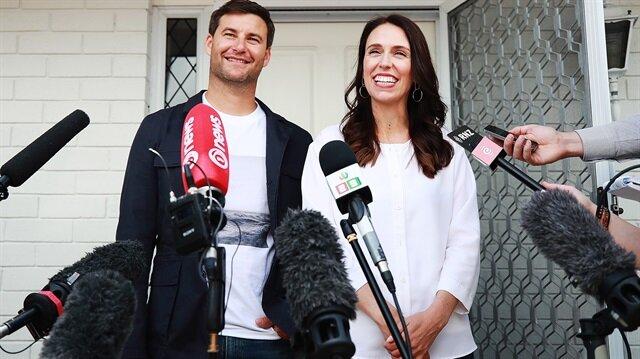 Yeni Zelanda Başbakanı Jacinda Ardern ve eşi Clarke Gayford