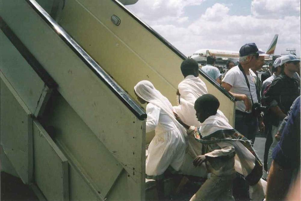 Süleyman Operasyonu kapsamında uçaklara doldurulan Falaşalar, direkt olarak İsrail'e nakledildiler.
