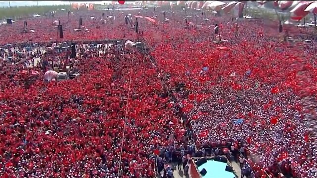 Sosyal medyayı sallayan Erdoğan şiiri: Emret Reis