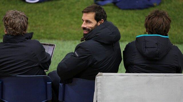 Van Nistelrooy PSV U19 takımını çalıştıracak