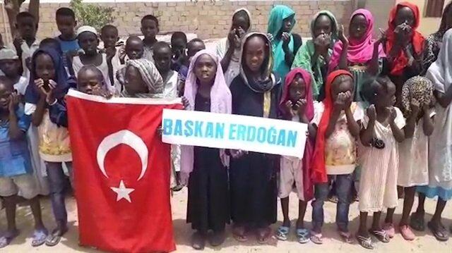 Sudanlı yetimlerden Cumhurbaşkanı Erdoğana dua