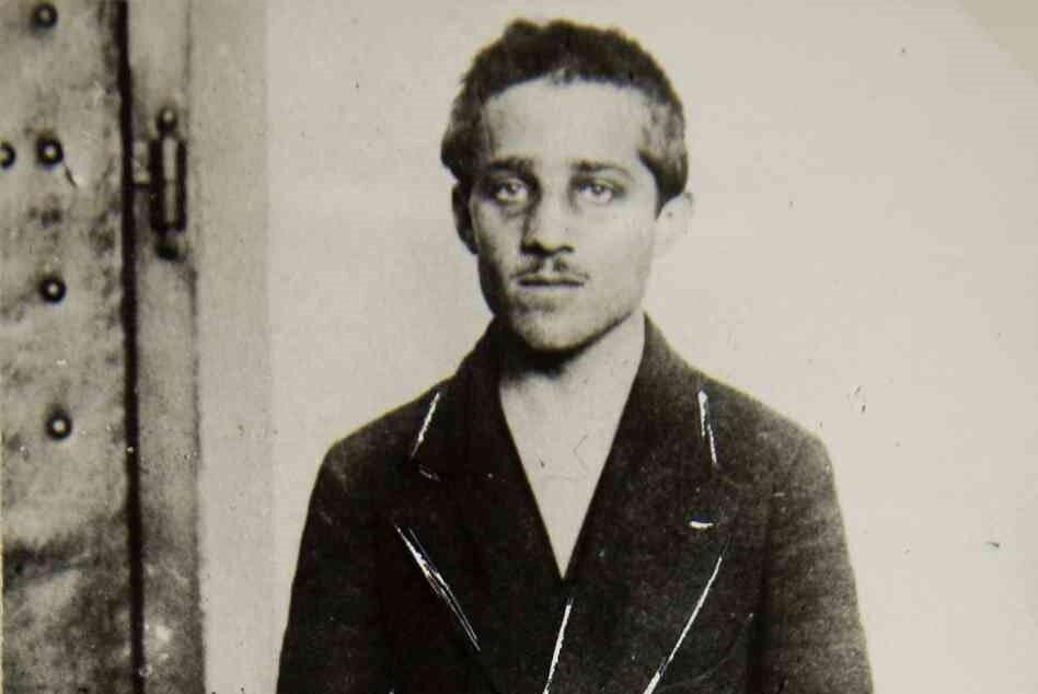 Gavrilo Princip, olaydan dört yıl sonra bir hapishane hücresinde öldü.
