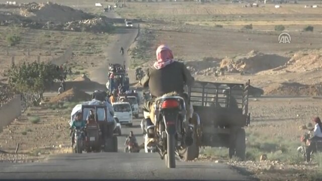 Number of Syrians fleeing Deraa rises to 150,000