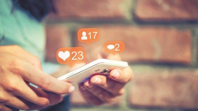Siber zorbalığın en çok yaşandığı platform ise yüzde 40 ile Instagram iken, Facebook ve Snapchat onu takip ediyor