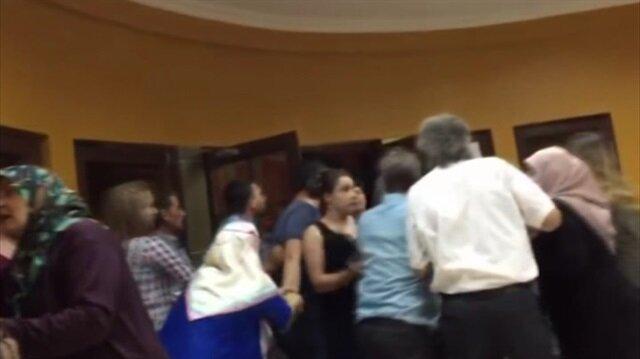 Düğünde takı kavgası: Kayınpederi gelini darp etti!
