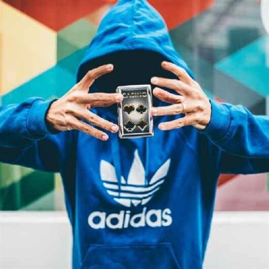 Adidas'ın resmi web sitesi hacklendi