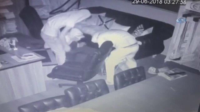 Mağaza farelerinin hırsızlık anı kamerada