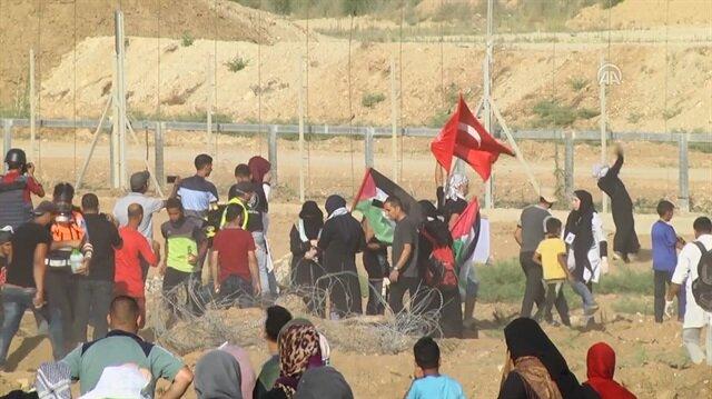 İşgalci İsrail askerleri Türk bayrağı sallayan Filistinli genci böyle vurdu