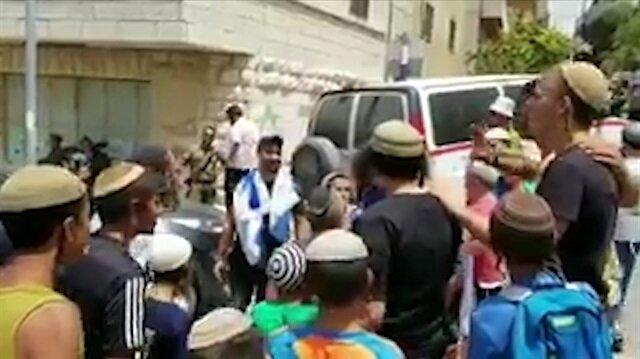 Yahudilerden katil İsrail askerine coşkulu karşılama!
