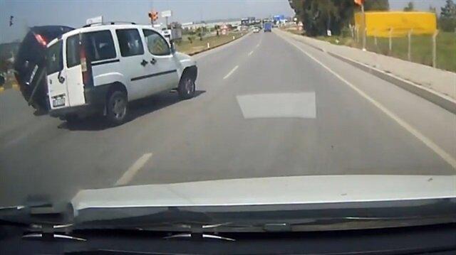 Ayna kullanmayan sürücünün sebep olduğu feci kaza