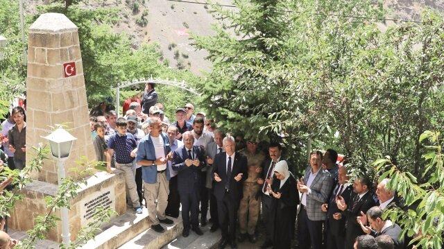 Katledilen 33 sivil Erzincan'ın Başbağlar köyünde anıldı.