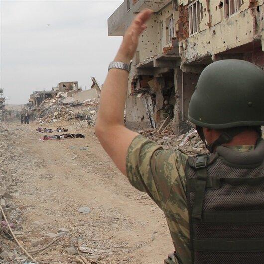 Suriye'den kaçan 2 terörist teslim oldu