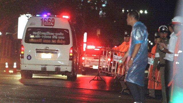 Taylandda mağarada mahsur kalan çocuklardan 5i kurtarıldı!