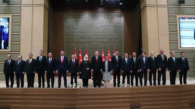 Erdoğan yeni sistemin ilk kabinesini açıkladı